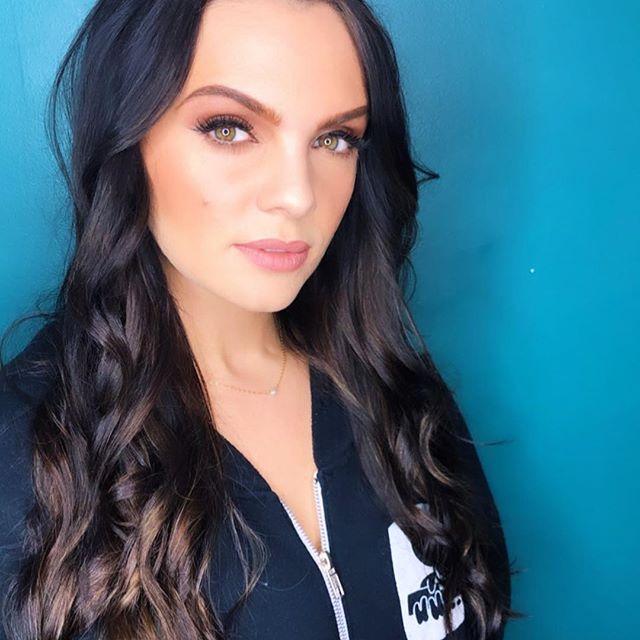 Renee Blair wiki, bio, age, height, birthday, dating, boyfriend, girlfriend, net worth, songs
