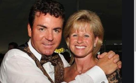 John Schnatter and his wife Annette Schnatter Wiki, Bio, Age, Net Worth, Divorce, Children